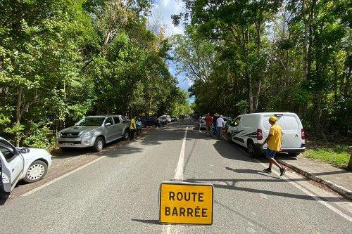 Situation de blocage à Marie-Galante - Guadeloupe la 1ère