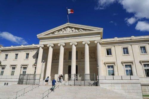 Marseille: une photo de Samuel Paty et des menaces envoyées à des enseignants