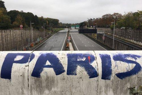 L'A13 coupée entre Paris et le tunnel de Saint-Cloud après un vol de câbles