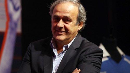 """Euro de football : """"Pour la première fois, des pays comme l'Azerbaïdjan, la Roumanie ou l'Écosse peuvent participer à cette grande fête du football européen"""", salue Michel Platini"""
