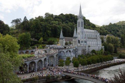 Pédocriminalité dans l'Église : le projet de mémorial des victimes à Lourdes dans le flou