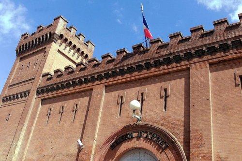 Toulouse : les 150 ans de la prison Saint-Michel racontés en photos dans un ouvrage édité par le comité de quartier