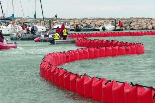 Hérault : exercice de simulation d'une pollution marine au large de La Grande-Motte et du Grau-du-Roi