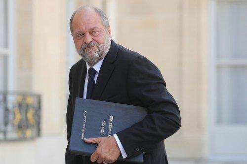 """""""C'est un signe d'affolement de LREM"""" : les oppositions taclent l'entrée en campagne d'Eric Dupond-Moretti"""