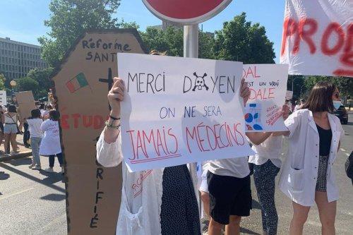 Marseille : les étudiants en médecine veulent passer en seconde année