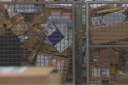 Le colis qui devait être livré à Saint-Claude dans le Jura arrive à Saint-Claude... en Guadeloupe - Outre-mer la 1ère