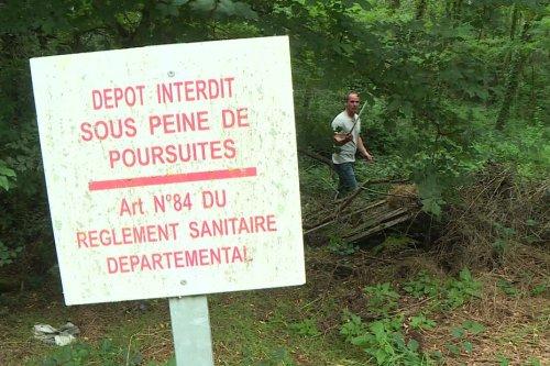 Tarn-et-Garonne : furieux d'un dépôt sauvage près de chez lui, il retrouve les pollueurs et leur fait tout ramasser