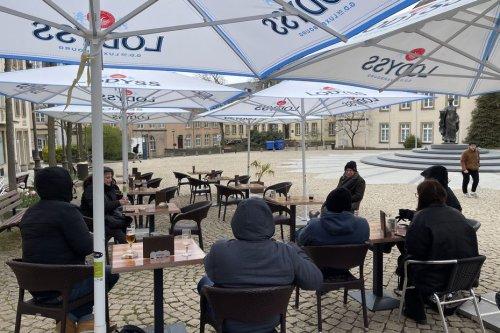 Luxembourg : timide réouverture pour les terrasses des bars et des restaurants