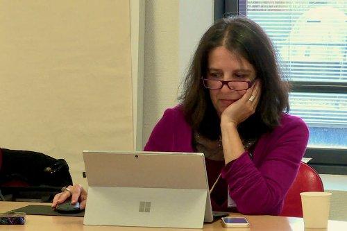 Les Sables-d'Olonne : la biographe hospitalière, une passeuse d'histoires