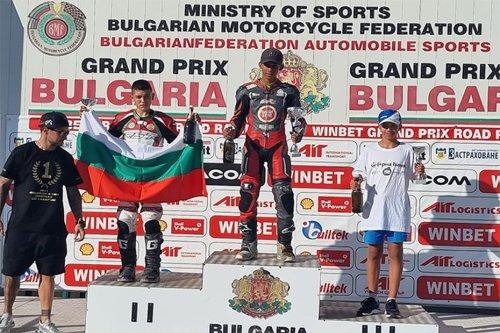 Le Martiniquais Giani Catorc champion d'Europe juniors moto dans la catégorie des 85 cm³ - Martinique la 1ère