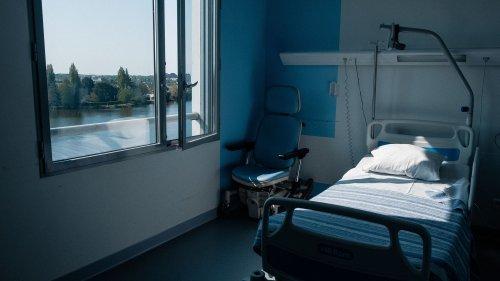 VRAI OU FAKE. Y a-t-il vraiment eu 1 800 lits fermés ou supprimés dans les hôpitaux publics au premier trimestre de 2021 ?