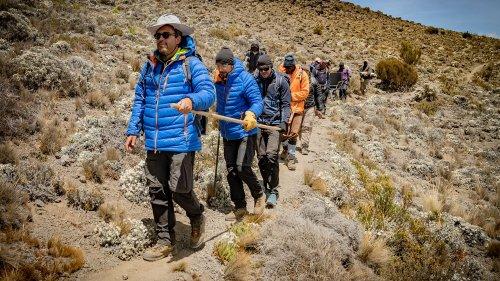 RECIT. A l'assaut du Kilimandjaro : le défi d'un Français atteint de sclérose en plaques