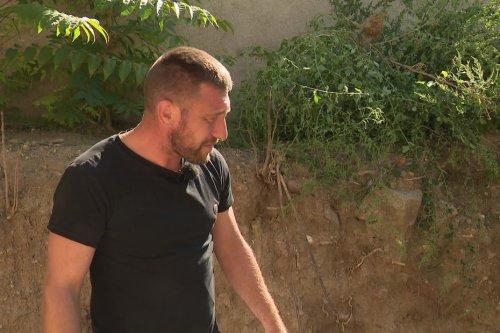 Aude : un an après la découverte d'ossements humains dans son jardin à Badens, Antoine Emo est désemparé