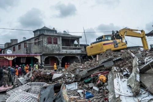 Séisme : Haïti peut compter sur la solidarité guadeloupéenne avec trois conteneurs - Guadeloupe la 1ère