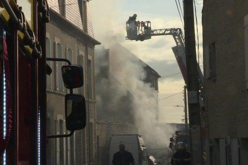 Un camping-car s'embrase : Incendie et explosions dans le centre-ville de Caen