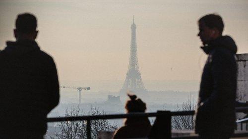 Pollution aux particules fines : la préfecture de police de Paris recommande de recourir au télétravail