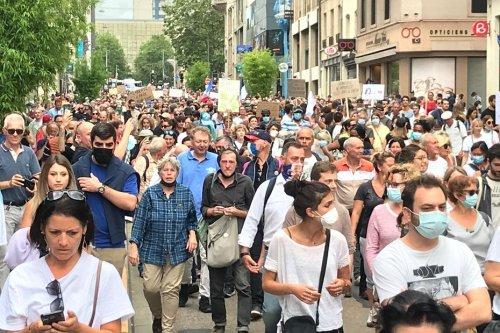 Lorraine : plusieurs manifestations anti-pass sanitaire, des tensions à Nancy