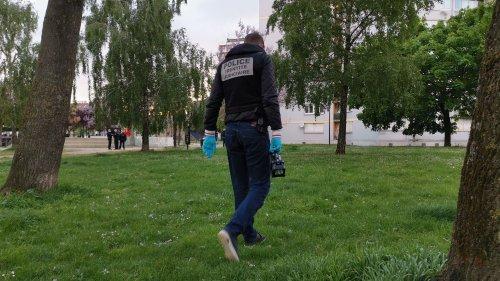 """Meurtre d'Ivry-sur-Seine : l'adolescent mis en examen """"reconnaît sa participation"""" et """"est écrasé par sa responsabilité"""", selon son avocat"""