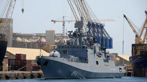 Base navale russe au Soudan, Khartoum joue la montre