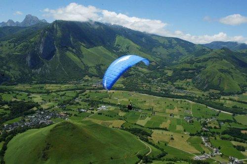 Béarn : un homme dans un état grave suite à un accident de parapente