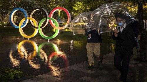 Jeux olympiques de Tokyo 2021 : le Japon veut que l'événement soit maintenu cet été, affirme le Premier ministre