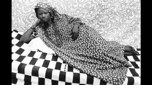 """Avec l'exposition """"HERITAGE"""", la galerie parisienne MAGNIN-A offre une carte blanche au photographe sénégalais Omar Victor Diop"""