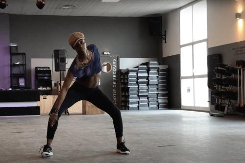 PORTRAIT. Keyidi Myaro, une kinésithérapeute de Toulouse qui crée le mouvement pour faire disparaître la douleur