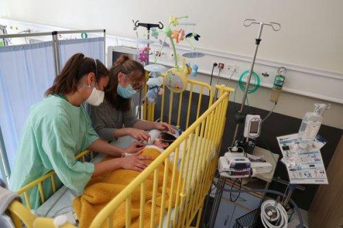 """Bronchiolite. La Bretagne reste en phase pré-épidémique mais """"la situation se tend"""" dans les hôpitaux"""