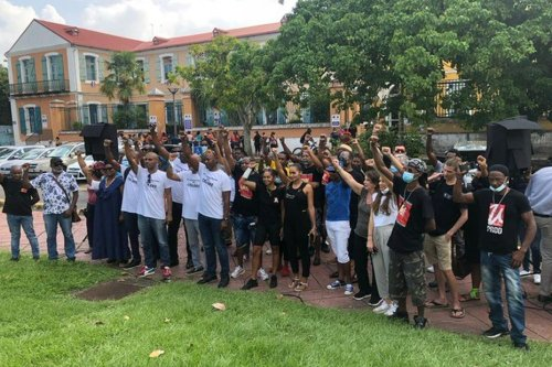 Un front commun de restaurateurs de Guadeloupe contre l'application du pass-sanitaire - Guadeloupe la 1ère