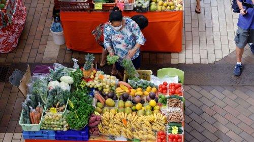 """Une association de consommateurs demande la création de """"chèques fruits et légumes"""" pour que chaque Français puisse accéder à une alimentation saine"""