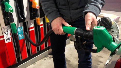 Pour limiter l'impact de la flambée du carburant, Valérie Pécresse évoque la piste du forfait kilométrique