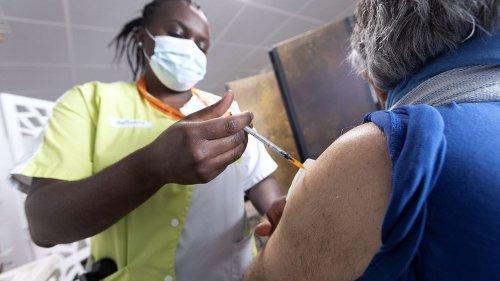 """""""Les personnes obèses ont toujours un autre facteur de risque"""" : dans le Grand Est, un centre spécialisé de vaccination contre le Covid-19"""