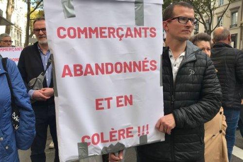 """Lyon : """"c'est un cri du coeur"""", les commerçants de la Guillotière manifestent contre l'insécurité"""