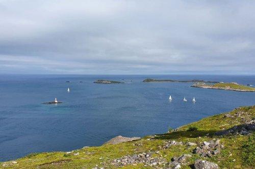 Tour de Saint-Pierre et Miquelon à la voile : le skipper Morgan Ruault boucle la course en 9 heures et 59 minutes - Saint-Pierre et Miquelon la 1ère
