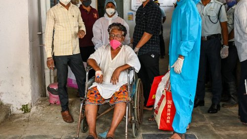 Inde : 13 malades du Covid-19 meurent dans l'incendie d'un hôpital