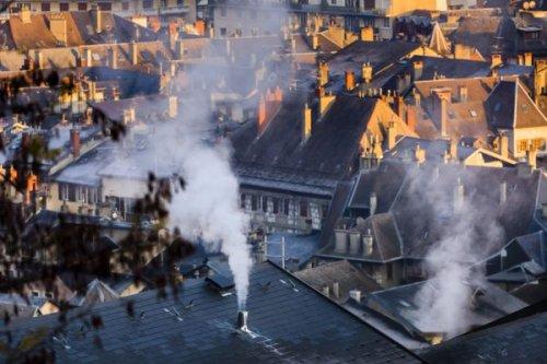 Monoxyde de carbone : une dizaine d'intoxications en Auvergne-Rhône-Alpes, l'ARS rappelle les bons réflexes