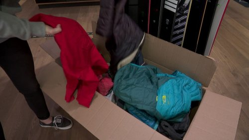 """Une association de """"riders"""" récolte des vêtements chauds pour les réfugiés"""