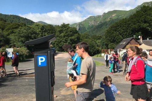 Puy-de-Dôme : le parking payant de la vallée de Chaudefour ne fait pas l'unanimité