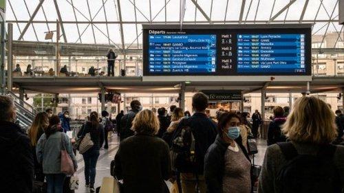 Transports : Greenpeace propose d'interdire les vols européens quand une alternative en train en moins de six heures existe