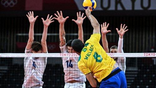 VIDEO. JO 2021 - Volley : 15 balles de set, point d'anthologie... Revivez la fin palpitante de la deuxième manche remportée par la France face au Brésil