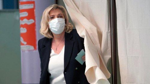 VRAI OU FAKE. Élections régionales : y a-t-il eu une absence de campagne d'information publique, comme l'affirme Marine Le Pen ?
