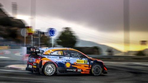 WRC : Thierry Neuville remporte le rallye d'Espagne, Sébastien Ogier pas encore sacré champion du monde