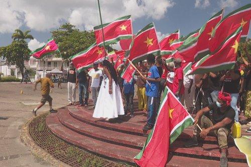 Une journée pour commémorer le drapeau national - Guadeloupe la 1ère
