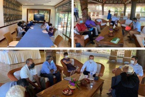 Visite ministérielle : Sébastien Lecornu s'entretient avec les groupes politiques du Congrès - Nouvelle-Calédonie la 1ère