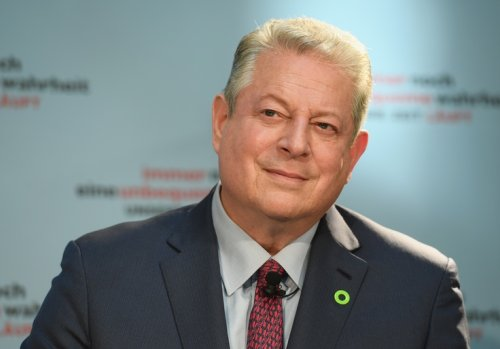 Major Proterra Investor Al Gore Lobbies White House on Infrastructure - Washington Free Beacon