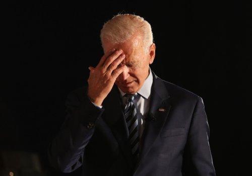 WATCH: Joe Biden Has No Idea Where He Is or Who He's Talking To - Washington Free Beacon