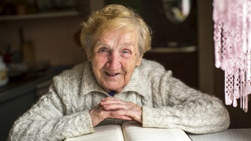 Supercentenarians' DNA Reveals Clues to Human Longevity