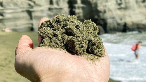 Green Sand Beaches Could Erase Carbon Emissions