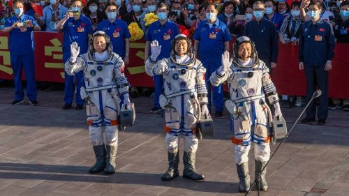 New Chinese Space Station Receives First Astronauts