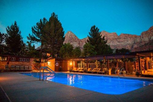 Zion National Park: Cliffrose Springdale, Curio Collection by Hilton. Bottom Line Guest Review.